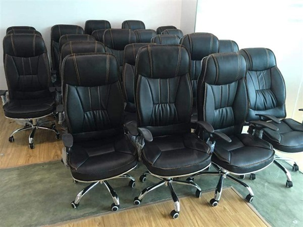 Nội thất Thanh Loan làm việc chuyên nghiệp hơn nhờ ghế văn phòng hiện đại
